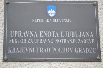 Bosta Polhov Gradec in Dobrova ohranila krajevni (matični) urad?
