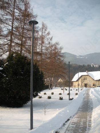 Javna razsvetljava pri pokopališču Vransko