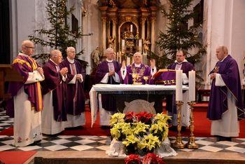 Žalna slovesnost v spomin na častnega občana Huberta Patzelta