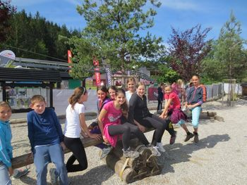 Mladi planinci na Celjski koči