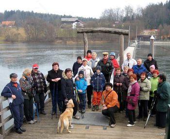 Člani MDDI Celje na 2. novoletnem pohodu okoli Šmartinskega jezera