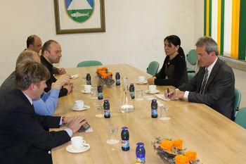 dr. Jakob Haselhuber, namestnik veleposlanice Zvezne republike Nemčije  v RS in vodja gospodarskega oddelka, obiskal Kobarid