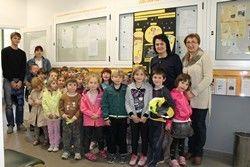 Otroci Vrtca Kobarid županji predstavili ekološki projekt
