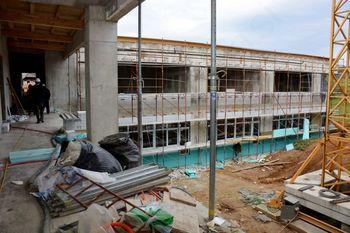 Gradnja šole in vrtca v Zagradcu prehaja v zaključno fazo