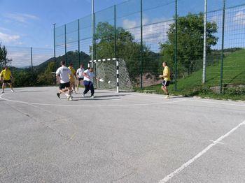 Polovica 22. tradicionalne nogometne lige v Šentjoštu pod streho