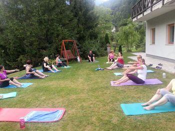 Poletni Pilates v naravi uspešno zaključen