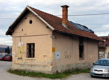 Za obnovo stavb 50 tisoč evrov