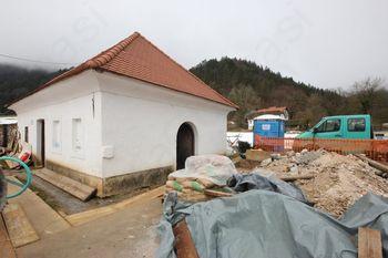 Obnova hiše v grajskem parku