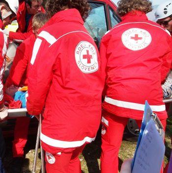 Rdeči križ z ekipami bolničarjev na Golniku
