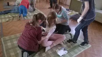 Mladi veliko vedo o Rdečem križu in prvi pomoči