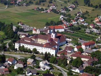Mednarodni simpozij v stiškem samostanu