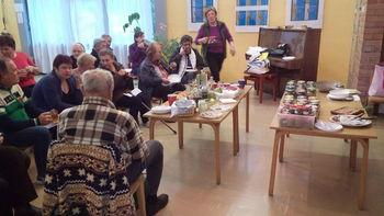 """PreventivnI program za starejše """"Aktivna starost – sožitje generacij""""  v Drežnici, Breginju in v Kobaridu"""