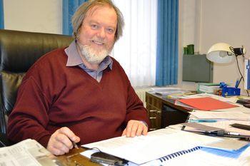 """Županov pogled na delo posameznih svetnikov - dogovor na članek """"Župan načrtuje dvomilijonsko ..."""""""