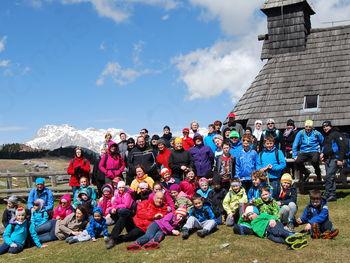 Velika planina združila tri generacije