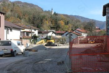 Gradnja parkirišča na Volaričevi ulici v Kobaridu