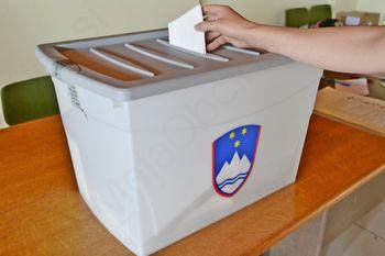 V drugi krog volitev se podajata Cukjati in Gabrovšek