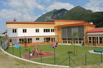 Javni vpis v enote Vrtca pri OŠ  Kobarid za šolsko leto 2015/16