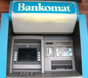 Zlorabe pri bankomatih