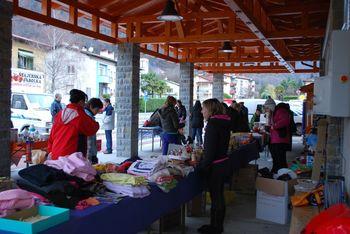 Utrinki z dobrodelnega bazarja