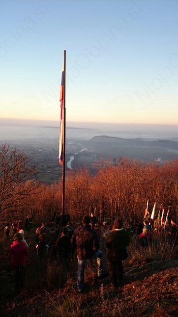 Dvig slovenske zastave na Sabotinu
