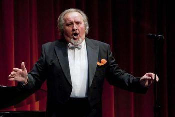 Operni pevec Zdravko Perger gost  v večerni oddaji  na Radio Rogla  voditelja Blaža Švaba