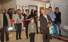 Obiskovalci odprtja razstave