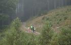 Tekmovalce je na Golteh čakal strm teren [foto: Mateja Zdešar].