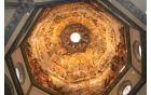 Poslika kupola v cerkvi Marije Device.