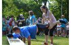 Kmečke igre so bile letos za tekmovalce precej mokre.