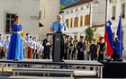 Uvodoma je zbrane pozdravil in nagovoril župan Občine Kobarid Robert Kavčič, ki je v svojem nagovoru poudaril pomen miru. Foto: Nataša Hvala Ivančič