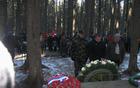Mislinjska delegacija polaga spominski venec ob spomeniku