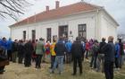Zbrani planinci so prisluhnili govoru predsednika Raše