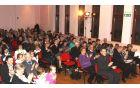 Navdušena obiskovalke in obiskovalci kulturne prireditve Od zibelke do zakladnice Antona Umeka - Okiškega