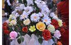 Za izdelavo cvetja za razstavo je Anica potrebovala dva meseca.