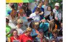 Ženski pevski zbor KUD Oplotnica med mešanimi pevskimi zbori