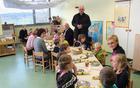 Otroke je nagovoril gospod Perger.