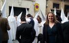 Ditka v Sevilli za veliko noč ob bratovščini, ki ves teden pred veliko nočjo prirejajo procesije po mestnem jedru. »Spektakel, ki spominja na srednji vek in ob katerem mesto obstane,« opisuje Ditka.