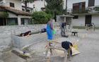Prostovoljno opravljena dela v organizaciji Marka Kacina v središču Morskega. Foto: arhiv KS Kanal