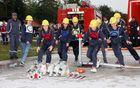 Mladinska ekipa PGD Vransko med vajo s hidrantom
