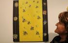 """Helena Testen ob svoji sliki """"čebelic in cvetic"""""""