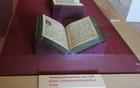 Ogleda vredne kopije rokopisov, originali so v Avstriji.