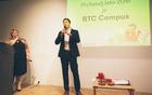 Prejemnik Ypsilon +  nagrade v kategoriji PriYatelj leta je postal BTC Campus. Nagrado je prevzel Julij Božič, izvršni direktor za inovacije in digitalizacijo poslovanja v družbi BTC (foto: Siniša Kanižaj).