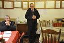 Na občnem zboru je zbrane nagovoril tudi župan Jože Muhič. Poleg sedi predsednik Štefan Gorenc. (Foto: PGD DT)