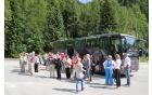 Postanek ekskurzijske skupine na Ljubelju (pod idilični smučiščem Zelenica)