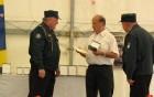 Župan občine Vojnik prejema visoko priznanje občini