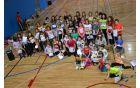 Takšna množica učenk in učencev letos obiskuje Šolski plesni festival.