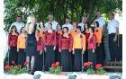 Mešani pevski zbor Horjul je s slovensko himno naredil uvod v slovesno prireditev.