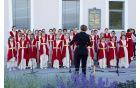... in še bolgarska himna - dekliški zbor Evmolpeya
