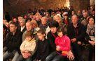Občinstvo je uživalo ob poslušanju petja. Foto: Jure Vovk