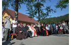 Akademijo so v senci brez spremljali kardinal Franc Rode, dekan p. Marjan Čuden, domači župnik in drugi duhovniki ter romarji.